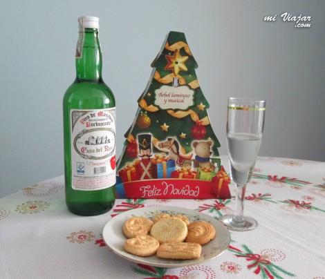 Vino y galletas de navidad